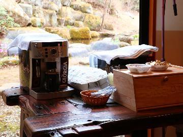【カジュアル】軽めのお食事でリーズナブルに♪無料のトーストサービス付【1泊夕食付】