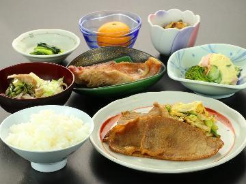 【スタンダード/2食付】軽井沢の家ごはん☆温かい日替り定食をどうぞ