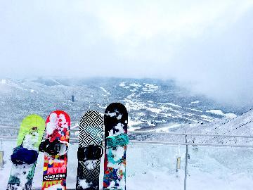 【冬季限定】スキープラン★お得なリフト割引券2500円付☆おおいた和牛の陶板焼付