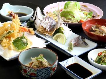 ◆HP限定価格◆【1泊2食付】2食付きが断然オトク!元料理人が作る栄養満点の料理で元気に♪