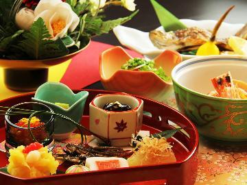 <GoToトラベルキャンペーン割引対象>【1月1日~3日限定】色鮮やかな御正月料理で新年を祝いましょう。温泉×創作懐石~御正月特別御膳~
