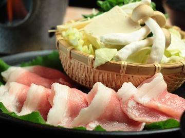 【お肉が2倍!!】お肉をたっぷり味わいたい方に☆自慢の薬膳鍋で上州もち豚をたっぷり堪能♪