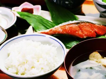 【朝食付き】気軽に温泉三昧×山菜三昧☆地産地消・手作りにこだわった朝ごはんで元気いっぱい♪