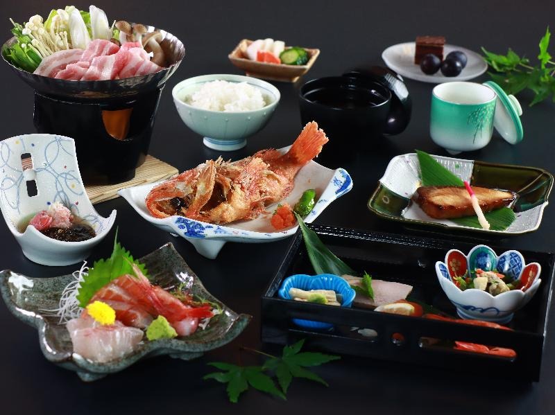 ◆スタンダードプラン◆日本海一望!上下浜天然温泉と旬の日本海を味わうおまかせ会席コース