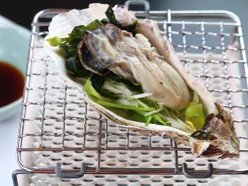 【岩ガキ+牛】<岩牡蠣>&<特選牛>♪焼きガキ・蒸しガキ・特選牛♪夏料理を味わう