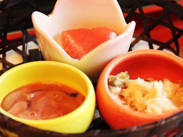 【朝食付】出来たて♪採れたて♪美味しい朝食と源泉かけ流し温泉を満喫♪