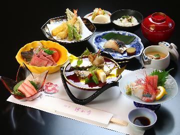 【2食付】 料亭に泊まる。鮮度抜群な日本海の幸を存分に味わう彩りの「会席料理」当館基本プラン