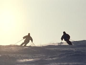 【3月割】3/1~3/31限定♪小学生<宿泊料半額&リフト券無料>春スキーはお得なヤマボクへ!