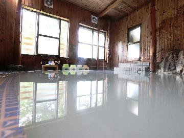 <GoToトラベルキャンペーン割引対象>【冬スタンダード】<YAMABOKUワイルドスノーパークで遊ぶ>&<奥山田温泉を楽しむ>1泊2食付