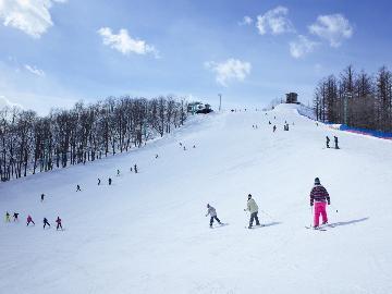 <GoToトラベルキャンペーン割引対象>スキーリゾート天栄まで約5分【1日リフト券】+【レンタル割引特典】でお得にスキー&スノボを楽しもう♪