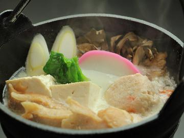 【平家湯波×わんこ旅】地元の味に舌鼓…大豆の甘みが染み渡る清盛特製「豆乳鍋」で日光を味わおう