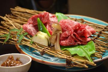 丹後産、新ブランド牛!「京たんくろ和牛を食べ比べプラン」