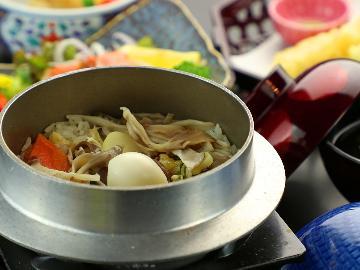 【ライト/1泊2食】 女性に人気!上州銘柄豚と品数少なめお料理で玉肌の湯満喫