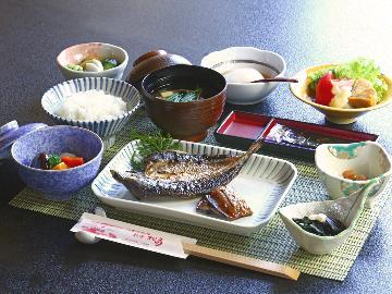 【朝食付】 紀伊長島の朝♪地元素材の朝食を! 22時までチェックインOK