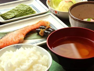 【一泊朝食付】美味しい朝食でしっかりチャージ! 栂池高原で『春スキー』を満喫!