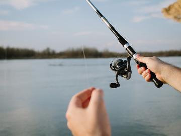 【佐渡で釣り体験】自分で釣った魚を食べたい!釣った魚さばきます♪釣り人応援プラン[一泊二食付]