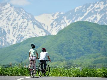 公式HPが断然お得◆レンタサイクル4時間パック◆電動自転車で楽チン♪雄大な山々はすぐそこ!【1泊2食】