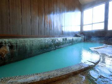食事は自由に草津温泉を満喫!にごり湯と観光を楽しむ!【素泊まり】