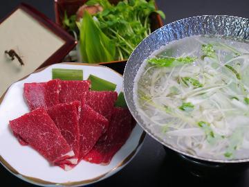 熊本でしか味わえない!!新鮮な馬肉を使った桜会席♪ ◆地元名物グルメ堪能◆