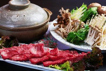 【1泊2食付き】ちょっぴり贅沢に牛肉でお鍋をどうぞ♪温泉×牛鍋で体も心もホッカホカ♪