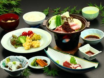 【最安値】お料理は定食で温泉重視のビジネス&リーズナブル旅行♪
