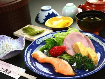 【朝食付】民宿ならではの健康朝食◆爽やかな朝を静波で♪