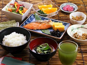 朝食はレストラン『さざ波』で♪健康的な食事で1日をスタート☆2日間の施設利用が無料♪[1泊朝食]
