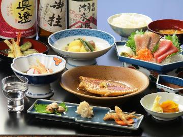 【スタンダード】女将特製の和食をご用意♪信州・諏訪湖 旅の拠点に最適~1泊2食付