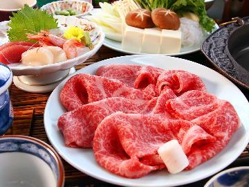 【贅沢会席】厳選された国産牛を特製割下のすき焼きで贅沢に食す―…とろける美味しさに舌鼓!