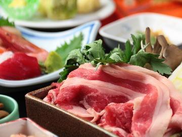【スタンダード】越後牛のすき焼き&海と山の美味しい!の詰め合わせ♪しゃぶしゃぶに変更OK【1泊2食付】