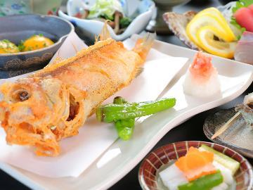 【1泊2食】海の幸・山の幸どちらも味わうスタンダード会席